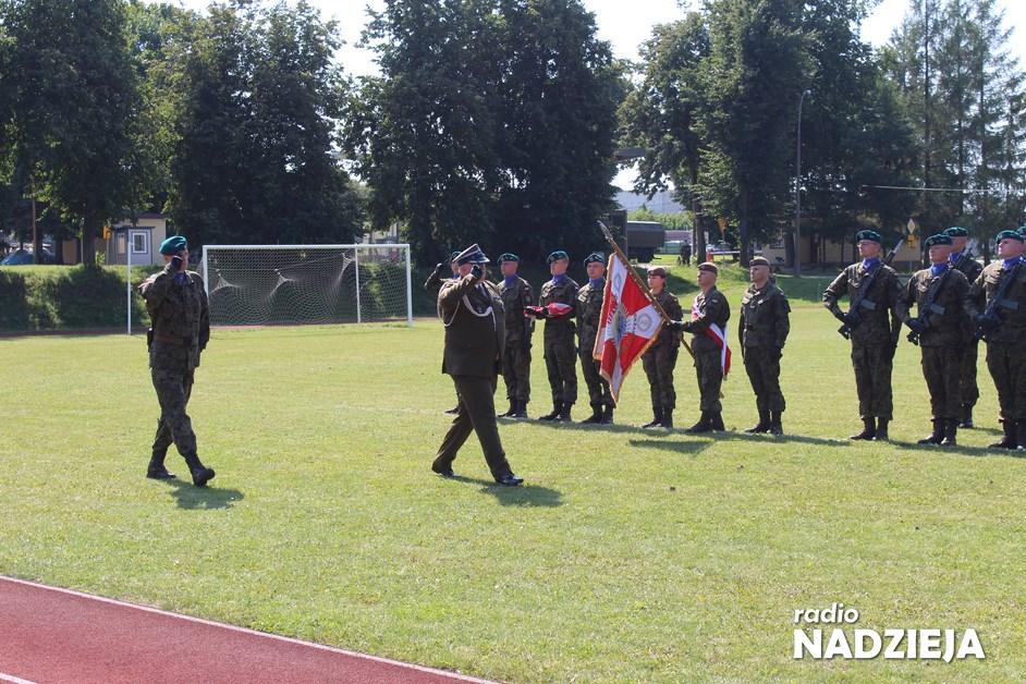 Łomża: 18 Pułk Logistyczny otrzyma sztandar