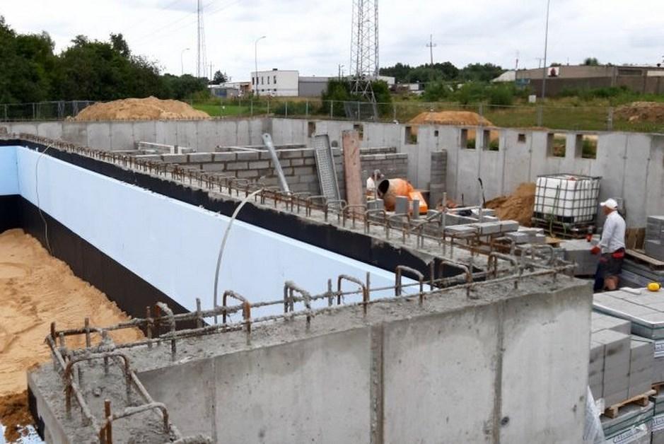 Czyżew: Trwa budowa bloku komunalnego