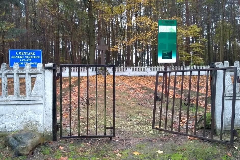 Gmina Łomża: Cmentarz wojenny w Sierzputach Młodych będzie odnowiony