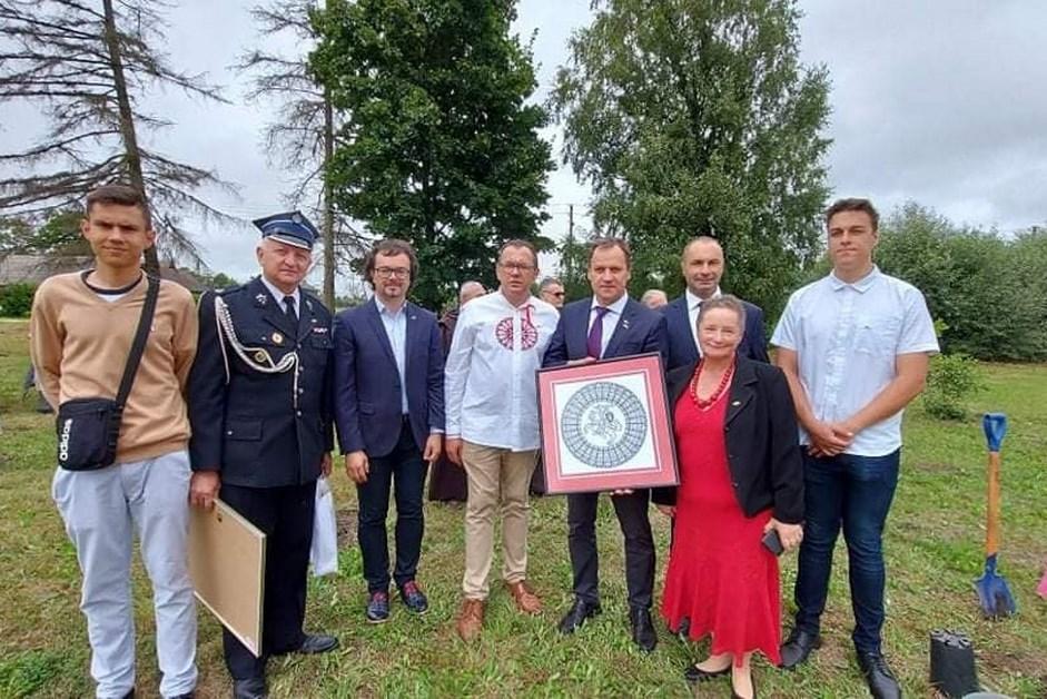 Region: Wójt Gminy Kadzidło Honorowym Obywatelem Szczodrobowa