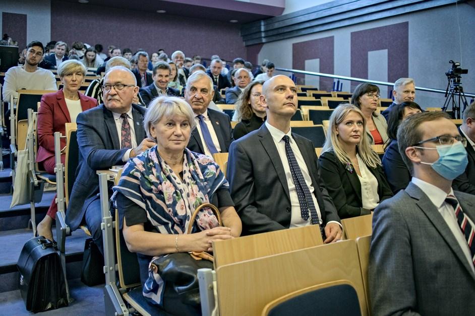 Łomża: W WSA odbyło się III Międzynarodowe Forum Gospodarcze