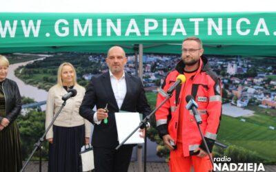Gmina Piątnica: Pogotowie przekazało samorządowi ambulans