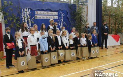 Rutki-Kossaki: Święto szkoły i Samorządowe Przygody z Nauką z Pierwszą Damą