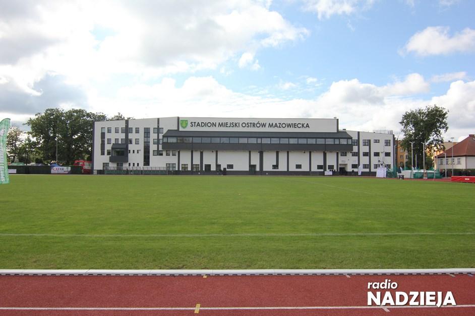 Ostrów Mazowiecka: nowy Stadion Miejski otwarty, a XX Światowe Letnie Igrzyska Polonijne zainaugurowane
