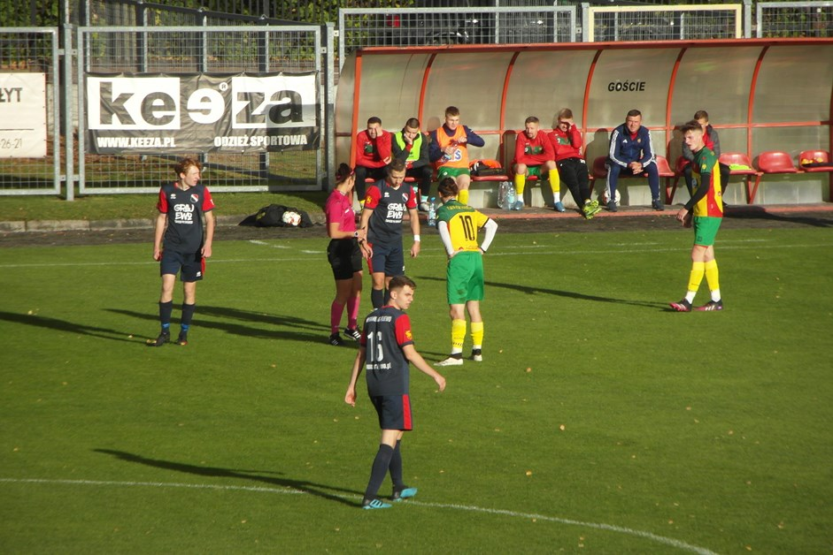 Piłka nożna: Warmia Grajewo zremisowała z Promieniem Mońki
